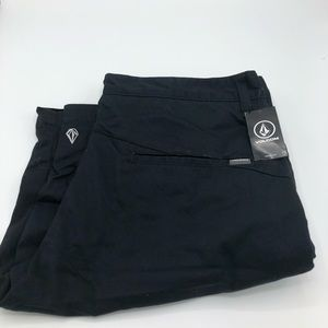 brand new volcom shorts